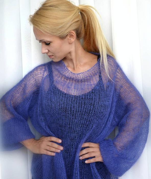 модный свитер из мохера спицами